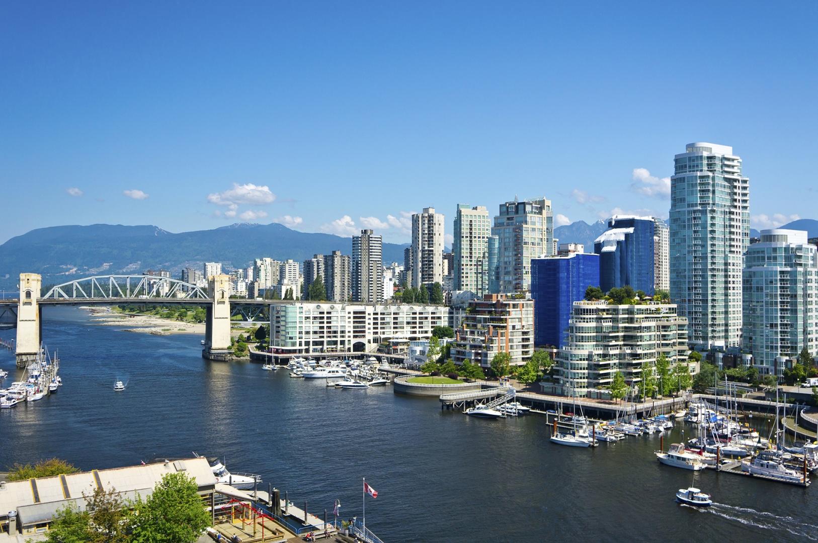 landscape image of a city skyline
