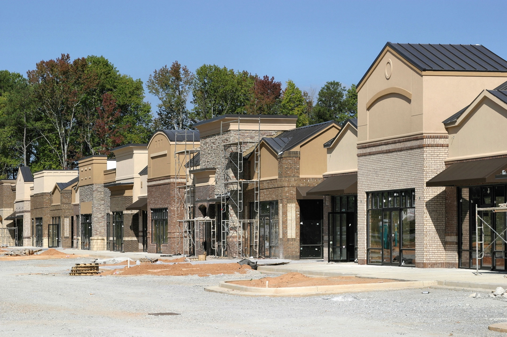 retail strip mall under construction